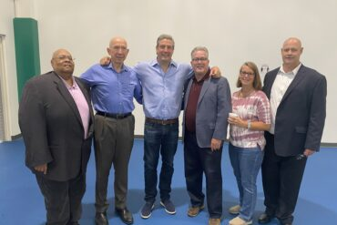 Image of Tim Ryan with supporters